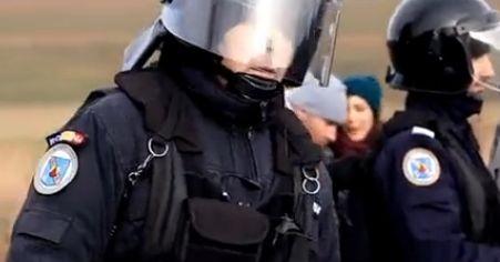 Полиция охранява обект за проучване на шистов газ в Румъния